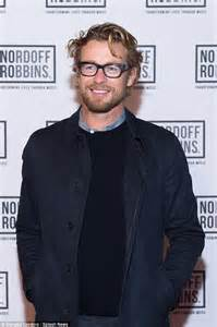 actor with thick rimmed glasses simon baker oozes appeal wearing signature thick rimmed