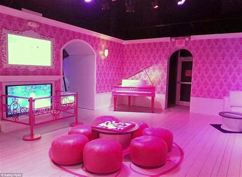 real life barbie doll house replica of barbie s home that is drawing scores of tourists in florida