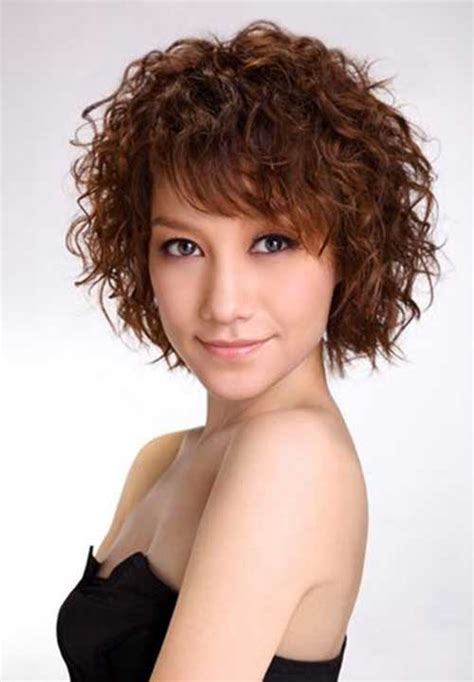 hairstyles for super curly frizzy hair 10 short haircuts for curly frizzy hair short hairstyles