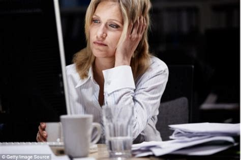 working swing shift effects shift work does mess with your mind but damage can be