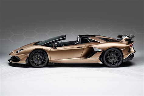 lamborghini aventador svj roadster top speed lamborghini aventador svj roadster revealed ahead of geneva debut autoevolution
