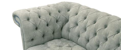 Saxon Chesterfield Sofa by Saxon Chesterfield Sofa Collection