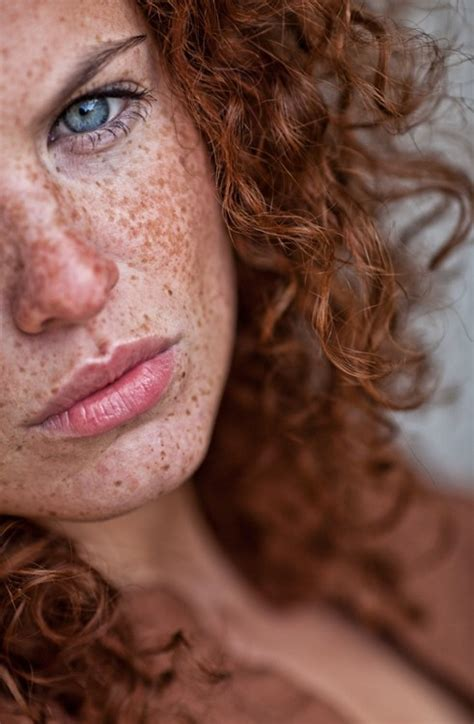 red headed woman freckles 90 best ruivas images on pinterest freckles red heads