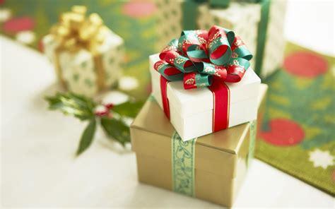 скачать новогодние подарки фото