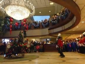 galt house christmas review of christmas at the galt house 2014 louisville family fun