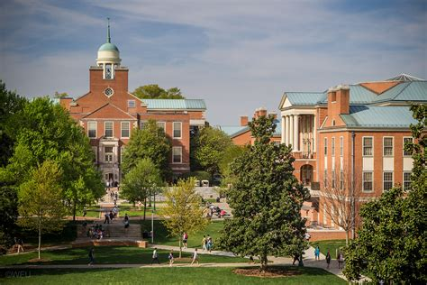 wake forest quick facts undergraduate admissions wake forest
