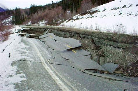 Search Earthquake Alaska Earthquake 7 1 Magnitude Quake Felt In State No Tsunami Threat