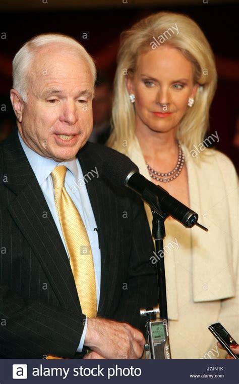senators wife senator john mccain with wife cindy hensley mccain