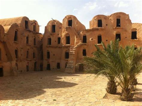 maison troglodyte tunisie la maison troglodyte architecture au coeur de la nature