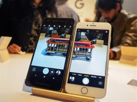 google pixel   iphone    bezels   phone