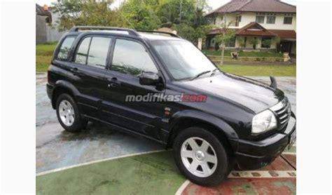 Kas Rem Mobil Escudo Suzuki Escudo 2 0 2004 Hitam A T Istimewa