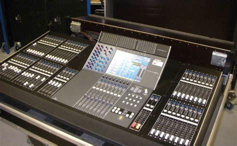 Mixer Digital Yamaha M7cl yamaha m7cl 48 image 130702 audiofanzine