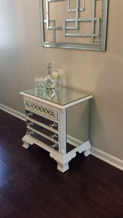 Affordable Mirrored Nightstand The Luxurious Mirrored Nightstand Cheap Designs Bedroomi Net