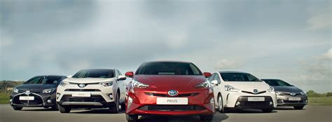 Toyota Garages Ireland toyota ireland announce 128 sales increase for hybrid vehicles in 2017 parsons garage