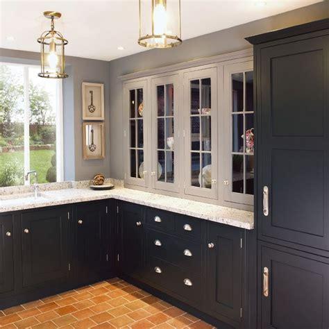 dark shaker kitchen cabinets 10 best ideas about shaker style kitchens on pinterest