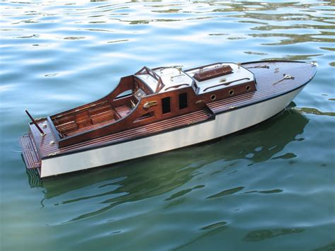 boat cabin plans cabin cruiser scale model rc boats pinterest cabin