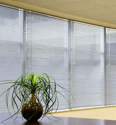 modelos de persianas persiana horizontal ideais para cozinha e outros ambientes