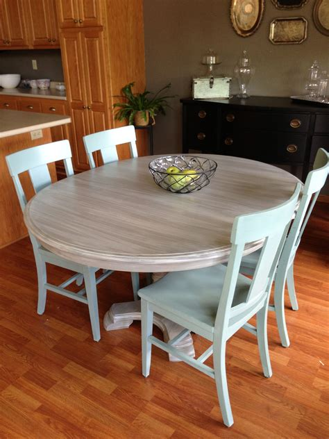Chalk Paint Kitchen Table by Kitchen Chairs And Table Makeover With Sloan Chalk