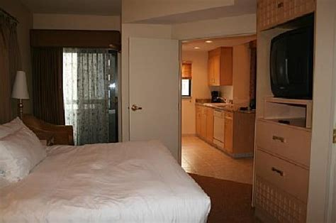 polo towers las vegas 2 bedroom suite villas at polo towers advantage vacation timeshare resales