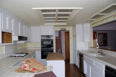 how to replace fluorescent light fixture in kitchen