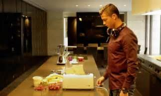 christiano ronaldo haus cristiano ronaldo s madrid home in a tv commercial
