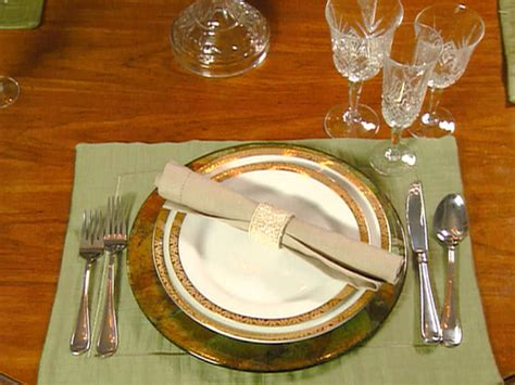table setting awesome and weird table settings strange true facts