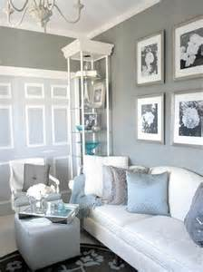 Grey And White Living Room by I Ve Got The Blues Over Gray Susy Home Maker