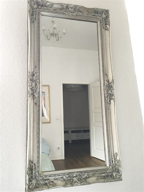 schlafzimmerboden spiegel spieglein spieglein streifenfrei spiegelputzen rosanisiert