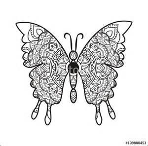 Vetor black and white mandala butterfly vector for coloring farfalla