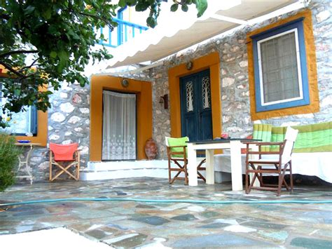 Traditional Kitchen Islands property for sale in hydra town hydra greece a