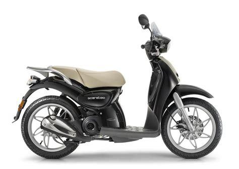 candela scarabeo 50 aprilia scooter moto aprilia tutti i modelli aprilia