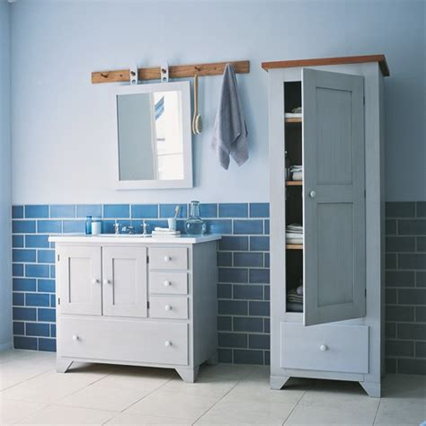 Shaker Style Bathroom Furniture 22 Innovative Shaker Style Bathroom Furniture Eyagci