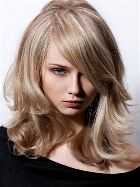 hair stlys for large nose great hairstyles to hide a big nose great hairstyles to