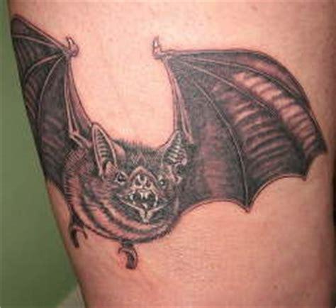 significato simbolo totem pipistrello e tatuaggio tatuaggio pipistrello significato simbologia