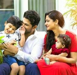 allu arjun and family stylish king allu arjun bunny s family pic goes viral