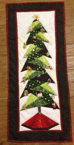 christmas tree paper pieced christmas tree in july trim the tree wall hanging quilts tree quilt tree