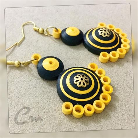 Paper Quilling Earrings - 25 best ideas about quilling earrings on