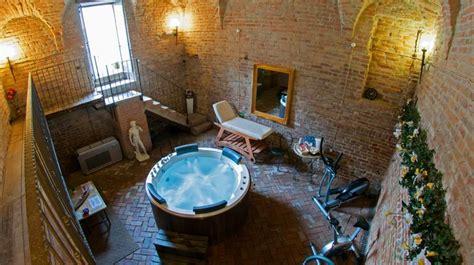 hotel la tavola rotonda cortemaggiore hotel la tavola rotonda a cortemaggiore emilia romagna