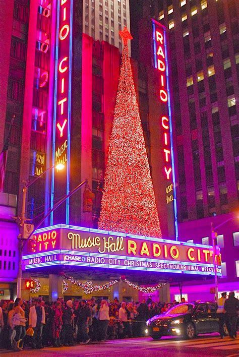 radio city christmas tree nyc nyc radio city