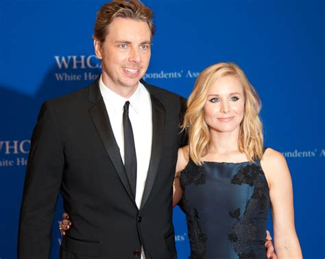 kayak commercial engaged actress dax shepard and kristen bell didn t sign a prenup