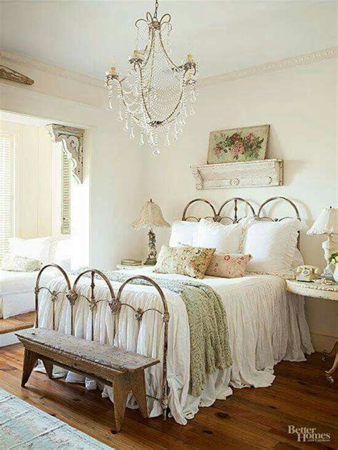 cool shabby chic bedroom decorating ideas shabby