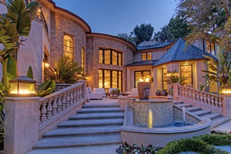 bel air mansion beverly magazine