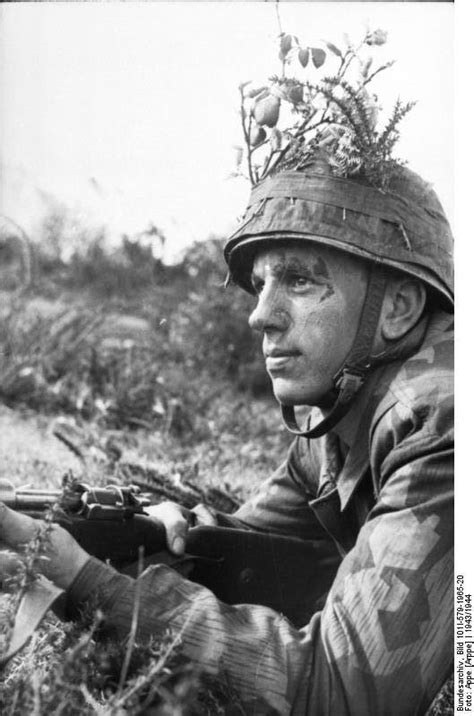 30 Images of Fallschirmjäger in Italy, Some May Be New for
