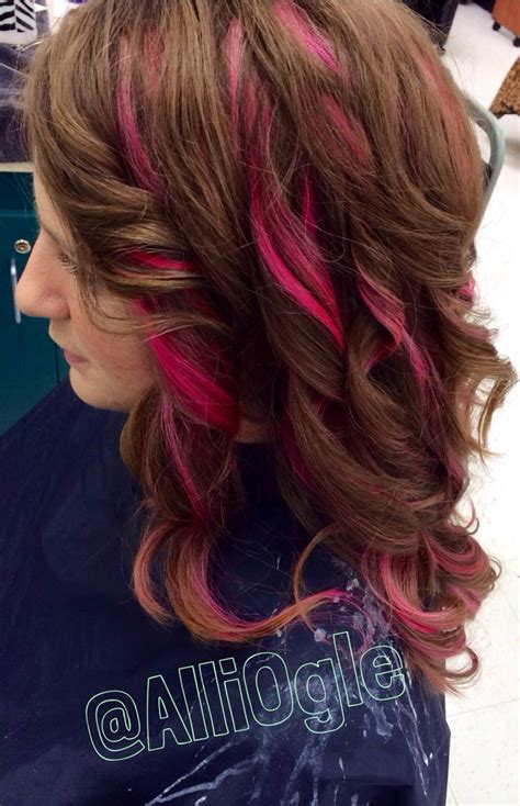 light brown hair with highlights magenta pink highlights light brown hair h a i r z