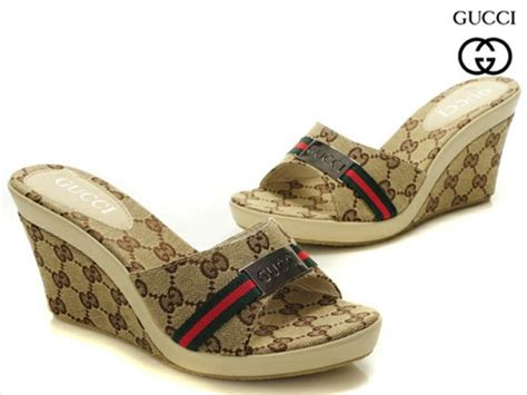 gucci house slippers gucci house slippers 28 images gucci princetown canvas slippers harrods gucci