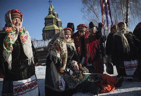 imagenes navidad ortodoxa rusia ucrania celebran navidad ortodoxa m 225 s divididos que