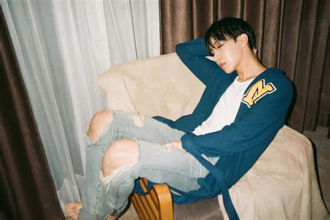 wallpaper v bts terbaru bts rilis foto konsep terbaru untuk comeback mendatang