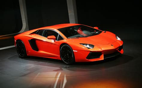 Images Of A Lamborghini Hd Car Wallpapers Lamborghini Aventador Wallpaper