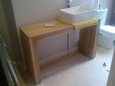 Bathroom Sink Table by Acrylic B L O G M A T T