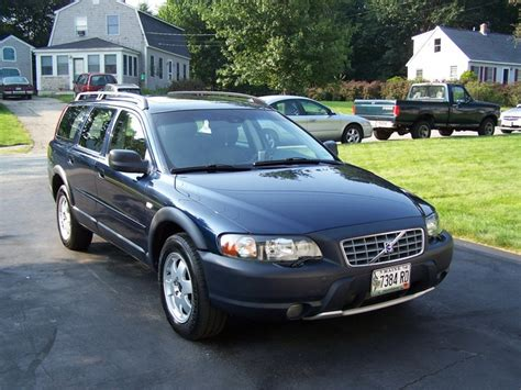how to learn about cars 2004 volvo xc70 parking system 2004 volvo xc70 overview cargurus